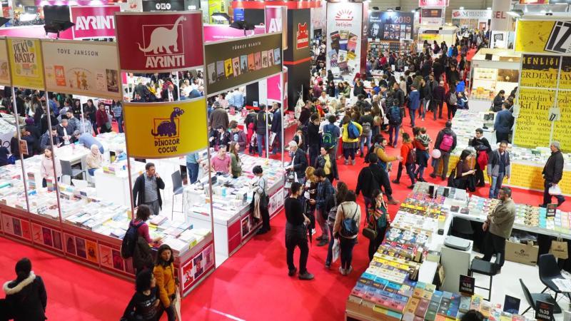 24. İzmir Kitap Fuarı ziyaretçi rekoruyla sona erdi