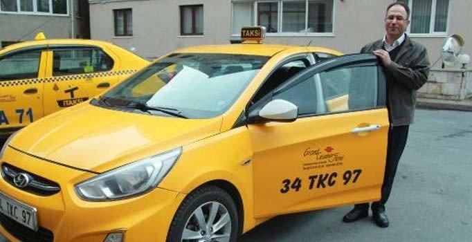 Taksisinde unutulan 30 bin euroyu sahibine teslim etti