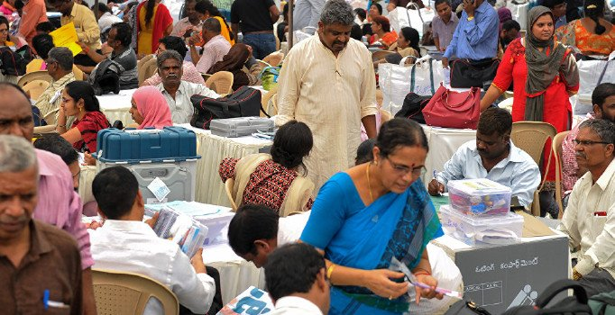Hindistan, seçimin üçüncü aşaması için sandık başında
