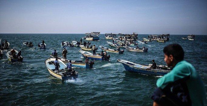 Gazze'deki deniz ablukasına 'balonlu' mazeret!