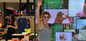 Gülben Ergen yaz alışverişine çıktı