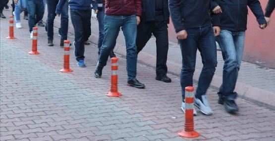 TSK'daki kriptolara eş zamanlı baskın: 22'si muvazzaf 36 kişi için gözaltı kararı
