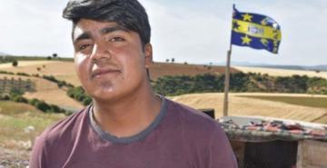 Çöp toplayan genç son 20 lirasını Fenerbahçe'ye gönderdi