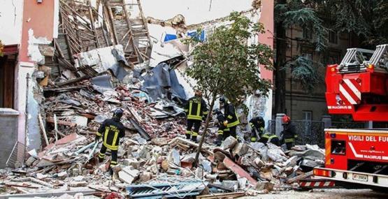 İtalya'da binada patlama: 3 ölü