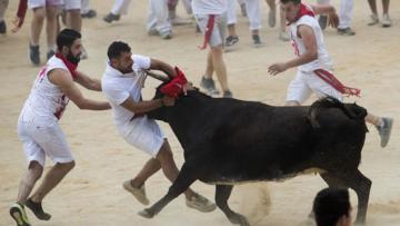 Boğa Festivali başladı: İlk günde 3 kişi hayatını kaybetti