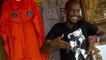 Uzaya çıkması planlanan ilk Afrikalı yaşamını yitirdi