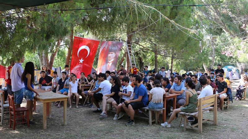 TaLeBe'lerin yaz kampı Datça'da başladı