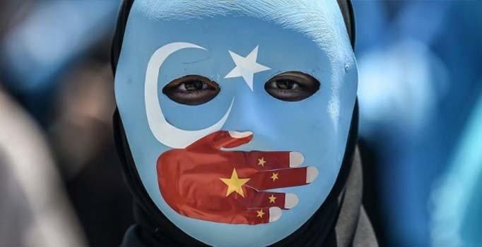 Çin'den Beyaz Kitap raporu: Uygur Türkleri için 'azılı terörist' tanımlaması