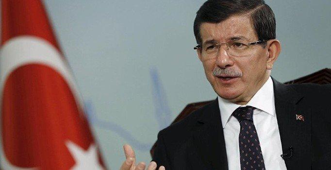 Davutoğlu: 2017 referandumu öncesi TV'lere çıkarılmadım